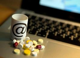 RNC Pharma: динамика e-com сегмента российского фармритейла кратно превышает темпы развития розничного рынка