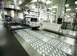 Уровень производства лекарств падает, как и динамика аптечных продаж