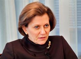 Попова продлила действие санитарных правил на фоне COVID-19 до 2022 года