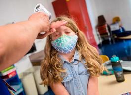 По статистике в России 560 тысяч детей переболели COVID-19