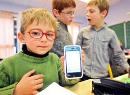 Как безопасно использовать мобильные телефоны в школе?